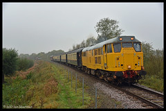 No 31465 15th Oct 2017 NVR Class 31's @ 60 Gala (Ian Sharman 1963) Tags: no 31465 15th oct 2017 nvr class 31s 60 gala station diesel engine railway rail railways train trains loco locomotive passenger heritage line nene valley wansford peterborough nv yarwell junction network