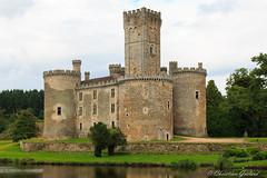 Château de Montbrun (christian.grelard) Tags: château castle history histoire tourism limousin canon eos 700d architecture