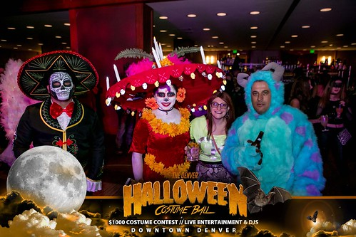 "Halloween Costume Ball 2017 • <a style=""font-size:0.8em;"" href=""http://www.flickr.com/photos/95348018@N07/38077718931/"" target=""_blank"">View on Flickr</a>"