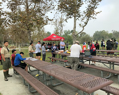 003 Setting Up Registration (saschmitz_earthlink_net) Tags: 2017 california longbeach eldorado orienteering laoc losangelesorienteeringclub losangeles losangelescounty eldoradoeastregionalpark park parks
