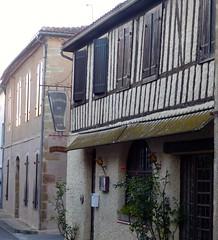 Bassoues (Bassoas), Gers (Marie-Hélène Cingal) Tags: gers 32 occitanie midipyrénées france sudouest bassoues bassoas