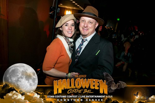 "Halloween Costume Ball 2017 • <a style=""font-size:0.8em;"" href=""http://www.flickr.com/photos/95348018@N07/24225094338/"" target=""_blank"">View on Flickr</a>"