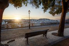 Miradouro de São Pedro de Alcântara (_PEC_) Tags: sunrise lisbonne lisbon lisboa miradouro de são pedro alcântara lever soleil pec
