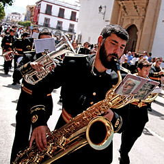 Semana Santa en Ronda, España (pom.angers) Tags: canoneos400ddigital 2017 april spain andalusia europeanunion man men music religion ronda 100 150 200 uniform 5000
