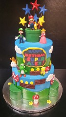 Super Mario Bros Cake (dragosisters) Tags: luigi mario videogame cake supermariobros