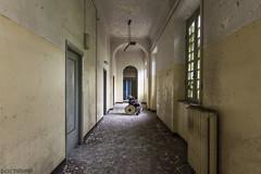 0608 (Doc Privas) Tags: urbex urbanexploration urbandecay urbanexploring asylum abandonedasylum manicomio manicomioabbandonato mentalhospital italia italy room photography canon reflex