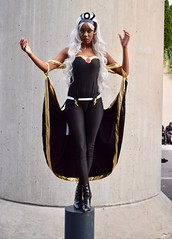 DSC_0937 (Randsom) Tags: newyorkcomiccon 2017 october7 nycc comic convention costume nyc javitscenter marvel superhero marveluniverse xmen hero mutant storm ororo cape cosplay tiara wig stiletto boots