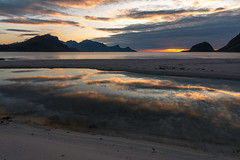 Sunset at Haukland beach (Dani℮l) Tags: lofoten hackland beach danielbosma leknes water ocean atlantic arctic sky sunset peaceful calm tranquil mountain vestvågøy fjord moskenes landscape sun zonsondergang noway north reflection cloudscape layered layers