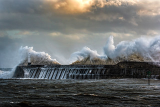 Huge Waves as Storm Ophelia hits