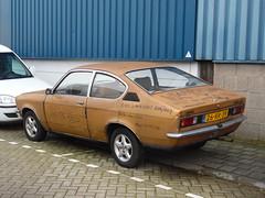 Opel Kadett 1200 Coupé (05 05 1977) (brizeehenri) Tags: opel kadett 1977 26rr39 vlaardingen