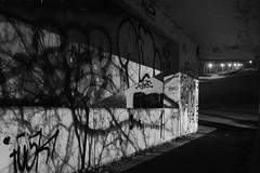 Nightwalk (Testlicht) Tags: hamburg fuji x100f acros bw