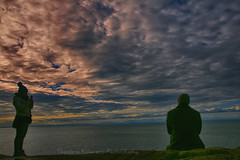Wonderful Life (Theodora Kalavesis) Tags: lighthouse lighthousepark sky clouds sea silhouette silhouettes people landscape landscapes vancouver vancity vancouvercity westvancouver bc britishcolumbia canada theodorakalavesis theodorakalavesisphotography theodora