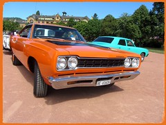 Plymouth Road Runner, 1968 (v8dub) Tags: plymouth road runner 1968 schweiz suisse switzerland neuchâtel american muscle mopar pkw voiture car wagen worldcars auto automobile automotive old oldtimer oldcar klassik classic collector