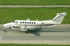 Jet Connection Businessflight AG Beechcraft King Air 350 D-CLOG (c/n FL-276) (Manfred Saitz) Tags: vienna airport schwechat vie loww flughafen wien jet connection beechcraft beech king air 350 b350 dclog dreg