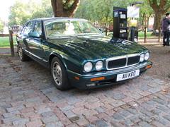 Jaguar XJ Sport 3.2 A11KEO (Andrew 2.8i) Tags: queen queens square bristol breakfast club show meet classic car cars classics avenue drivers vehicle x300 british saloon luxury executive 32 jag sport xj jaguar