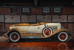Larz Anderson Auto Museum (Brookline MA) (Kᵉⁿ Lᵃⁿᵉ) Tags: geo:lat=4231052453 geo:lon=7113484517 geotagged jamaicaplain massachusetts unitedstates usa 15newtonstreetbrookline america'soldestautocollection america'soldestcarcollection andersoncarriagehouse auto autocollection automuseum automobile brookline brooklinemassachusetts car carcollection carmuseum classic classiccar coche commonwealth commonwealthofmassachusetts explore exploring greaterboston greaterbostonlandmark historicmuseum httplarzandersonorg indoor landmark larzanderson larzandersonautomuseum larzandersoncollection larzandersonpark larzandersonparkhistoricdistrict ma motorcars museum nationalhistoriclandmark nationalregisterofhistoricplaces newengland newenglandstate norfolkcounty northamerica northeasternusa old summer2017 theandersonmotorcars thecarriagehouseoflarzandersonautomuseum tourism touristattraction travel travelblogphoto travelphotography travelingadventures vehicle vintage vintagecars worldadventures worldtravel 1933auburnboattailspeedster