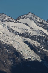 Berg und Gletscher in den Berner Alpen - Alps im Berner Oberland im Kanton Bern der Schweiz (chrchr_75) Tags: oktober schweiz switzerland suisse swiss christoph svizzera suissa chrigu 2017 chrchr hurni chrchr75 chriguhurni chriguhurnibluemailch albumzzz201710oktober oktober2017 hochformat susisa albumregionthunhochformat thunhochformat alps glacier alpen gletscher berner oberland ghiacciaio gletsjer 氷河 kantonbern albumgletscherimkantonbern bern kanton