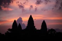 Angkor Wat Dawn (Strocchi) Tags: angkorwat dawn alba cielo sky canon eos6d 24105mm siemreap cambodia cambogia temple tempio
