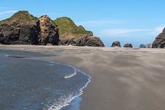 Hwy 101 CA-OR July 2018-44 (ntisocl) Tags: 2017 canon1dmarkiii canonef2470mmf28lusm hwy101 oregon oregoncoasthwy oregoncoast pacificnorthwest pacificocean pistolriverbeach coastline roadtrip sand waves