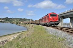 Takargo 6005 (Andreu Anguera) Tags: tren ferrocarril euro4000 locomotoradiéseleléctrica vossloh takargo transportedemadera neda ferrolterra ríadeferrol galicia andreuanguera