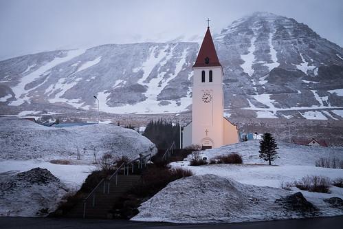 "Siglufjarðarkirkja • <a style=""font-size:0.8em;"" href=""http://www.flickr.com/photos/22350928@N02/37994667296/"" target=""_blank"">View on Flickr</a>"