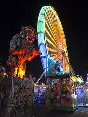 Herbstkirmes Köln 2017 (der_echte_stefan) Tags: olympusomdem10ii olympus cologne colors kirmes köln herbst fair lights movement bewegung lichter panasonic mft microfourthirds