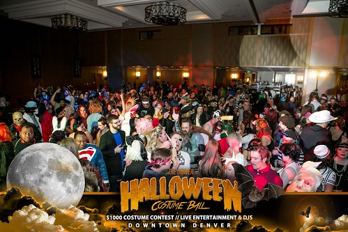 "Halloween Costume Ball 2017 • <a style=""font-size:0.8em;"" href=""http://www.flickr.com/photos/95348018@N07/38024827366/"" target=""_blank"">View on Flickr</a>"