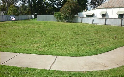 10 Court, Gilgandra NSW 2827
