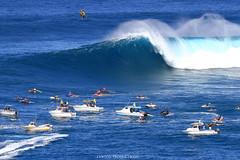 IMG_4378 copy (Aaron Lynton) Tags: canon 7d sigma peahi jaws surf xxl bigwave big wave maui hawaii peahichallenge challenge 2017 peahichallenge2017 lyntonproductions lynton