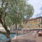 Riva del Garda - Altstadt (17) - Uferpromenade thumbnail