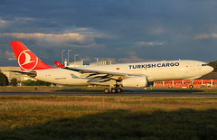Turkish Cargo A330-243F TC-JDO / FRA (RuWe71) Tags: turkishairlines tkthy turkish turkishcargo türkhavayollari turkey istanbul airbus airbusa330f airbusa330 a330 a332 a330200 a330200f a330243f airbusa330200 airbusa330200f airbusa330243f tcjdo msn1004 fwwye meric frankfurtmain frankfurtammain frankfurtairport frankfurtrheinmainairport frankfurtrheinmain flughafen flughafenfrankfurt frankfurtrheinmaininternational fra eddf fraport planes airport aviation spotter flugzeug engines sunshine runway vliegtuig luchthaven spotting airliner aeroplane jetliner jet aéroport avions aéronefs planespotting cargo cargoaircraft evening sunset darkclouds aeropuerto aviónes planespotter avgeek ruwe71 freighter aviationphotography widebody winglets heavy canon
