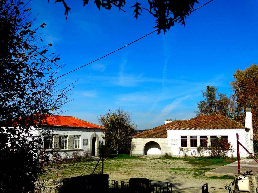 Águas Frias (Chaves) - ... (ex) escola e cantina escolar ...
