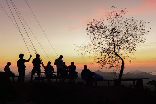 Sunset di jalan menuju Labuan Bajo