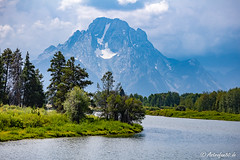 Snake River Bank at Mount Moran (astrofan80) Tags: berge bäume fluss grandteton landschaft nationalpark oxbowbend snakeriver usa ufer wyoming mountmoran