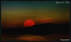 Tramonto su Caltabellotta - 2 - Ottobre-2017 (agostinodascoli) Tags: tramonto sunset paesaggi landscape nikon nikkor cianciana sicilia agostinodascoli texture photoshop art digitaart digitapainting nature caltabellotta cielo sole monti ngc