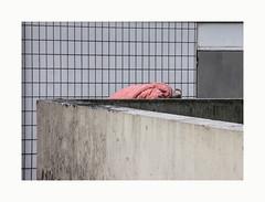 (hélène chantemerle) Tags: murs carrelage gris chose rose walls tiles gray stuff pink