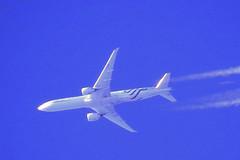 F-GZNN, Boeing 777-328(ER), Air France (SkyTeam logo) AF349 YUL-CDG, over Burgess Hill, 22 Sep 2017. (Nick Ellis 61) Tags: boeing777328er fgznn airfrance