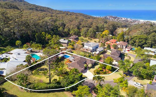4 Parkwood Gr, Thirroul NSW 2515