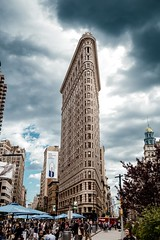Flatiron District - 5th Avenue (kareszzz) Tags: flatirondistrict flatironbuilding architecture newyork usa nyc ny canon6d ef24105 travel clouds
