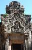 DSC_1558VeleBeeldjesBovenDeDeur (De avonturen van de Argusvlinder) Tags: thommanon angkor siemreap cambodja suryavarmanii