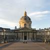 Le pont des Arts et l'Institut de France (Paris) (cl_p) Tags: paris patrimoine architecture institutdefrance pontdesarts bancs réverbères