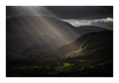 Breaking Through (Vemsteroo) Tags: lakedistrict lakes light beautiful latrigg sunrise morning shaftsoflight stjohnsinthevale dramatic borrowdalevalley canon 5d mkiv 100400mm circularpolariser fells valley northwest cumbria nature landscape natural beauty keswick