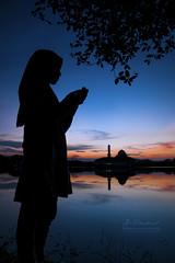 Pray - Doa - دعاء | Silhouette (AnNamir™ c[_]) Tags: silhouette silueta nikon d300s tamron mosque islam pray tasikhuffaz visithuluselangor discoverselangor malaysia kualakubu muslimah tudung hijab reflection masjidseries annamir annamir2u