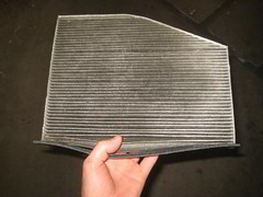 2009-2017 Volkswagen Tiguan A/C Cabin Air Filter Element - Removing, Cleaning & Replacing (paul79uf) Tags: 2009 2010 2011 2012 2013 2014 2015 2016 2017 vw volkswagen tiguan suv ac hvac cabin air filter conditoning system blower motor housing location where find remove removal removing install installing installation directions numbero de parte como cambiar limpiar filtro 1st first gen generation