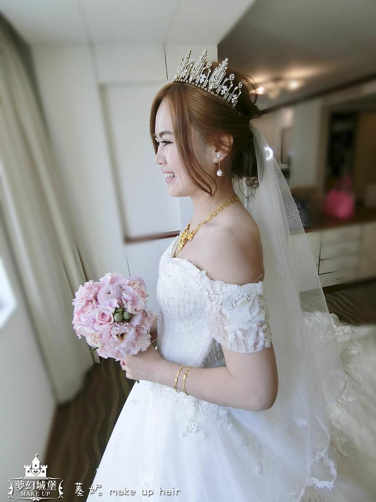 【新秘蓁妮】bride佳欣 結婚造型 / 台南大飯店