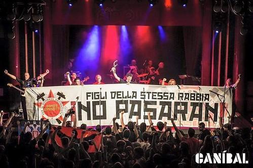 @bandabassotti 📷 di Canibal ] ; ):::\☮/» http://www.elettrisonanti.net/galleria-fotografica  🎸 #ska #punk #rock #popolare #reggae #dalvivo #sottosuolo 🔧 #movimento 🔩 #operaio 🔨 #musica #world #live #underground #ed