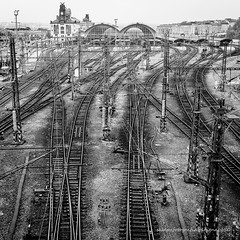 the end of the road (ignacy50.pl) Tags: trains railway rail railroad station railstation jurney travel transportation blackandwhite monochrome cityscape cityview birdseyeview praque czechia city citycenter capitalcity