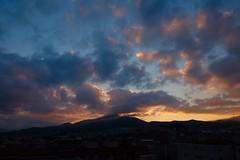 Nubols en la Serreta (valorphoto.1) Tags: selecciónvp paisaje natural nubes sunrrise amanecer color cielo photodgv