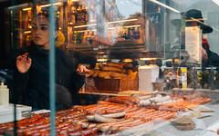 Bratwurst (TonyVillage) Tags: bratwurst wien austria food pornfood streetfood nikond600 girl wurstel travel 35mm