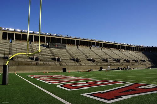 "Harvard Stadium • <a style=""font-size:0.8em;"" href=""http://www.flickr.com/photos/52364684@N03/23966227678/"" target=""_blank"">View on Flickr</a>"